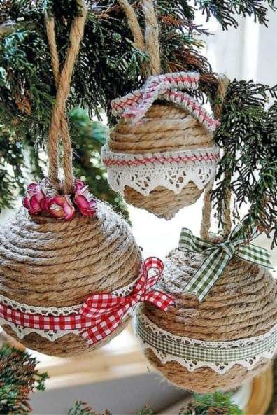 Easy but beautiful diy christmas ornaments 27