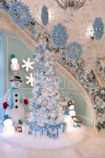 Elegant decorating ideas for white christmas 05