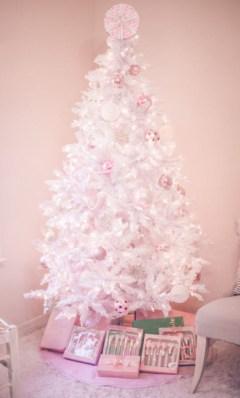 Elegant decorating ideas for white christmas 20