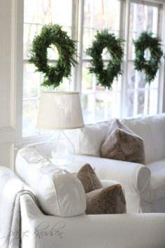 Elegant decorating ideas for white christmas 24