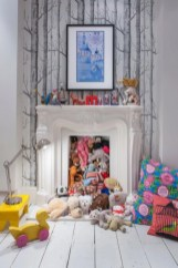 Fun and easy way to decorate your playroom (2)