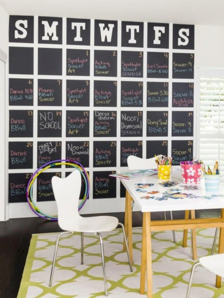 Fun and easy way to decorate your playroom (20)