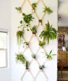 Simple but useful room divider 19