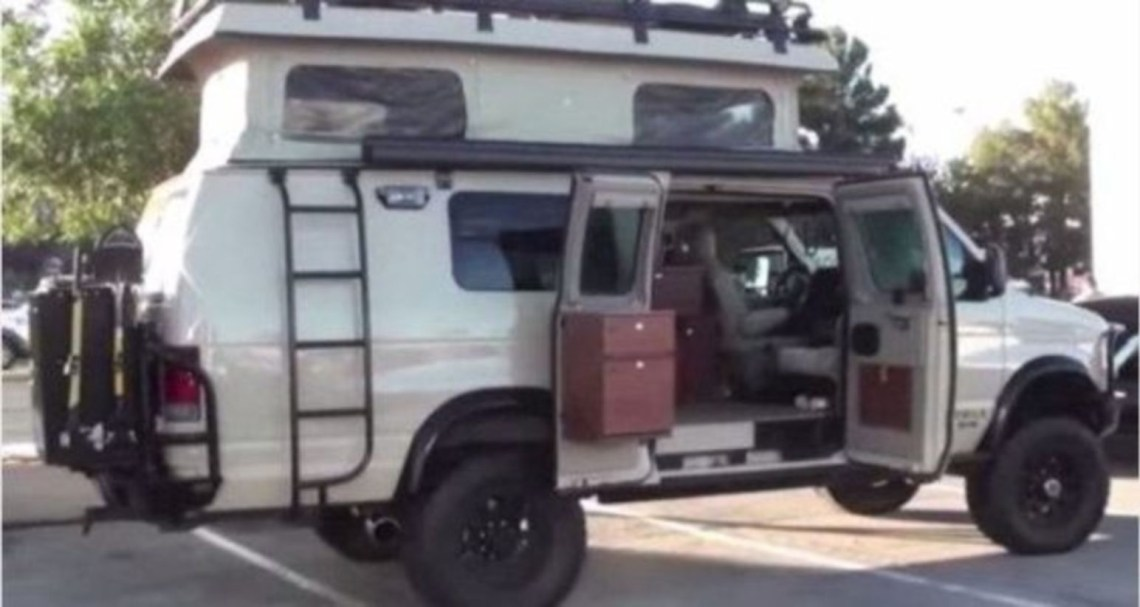 Sportsmobile 4x4 camper van looks like an ideal vehicle for every sportsman's outdoor adventures