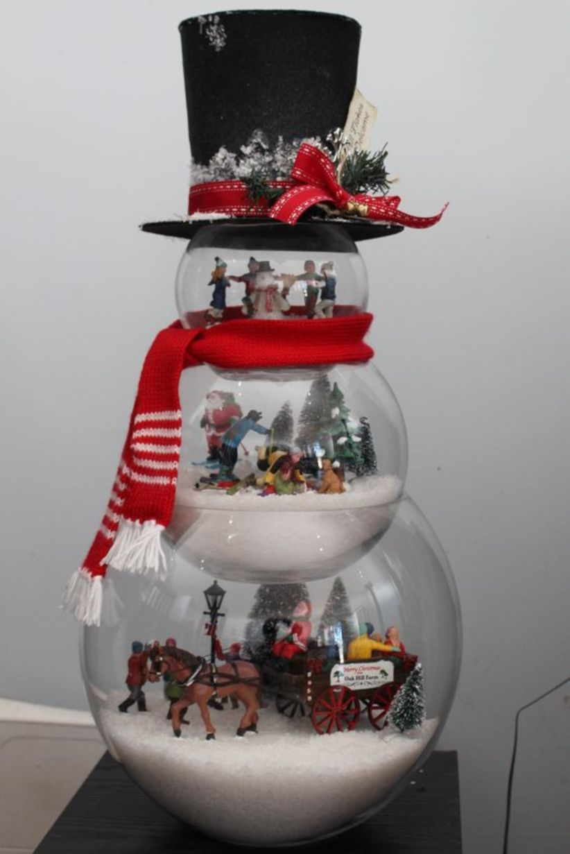 Statue snowman with frosty hat filled with lemax figurines fish bowl glass tree snow for gift christmas