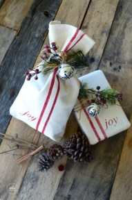 Unique gift wrap ideas for christmas 13