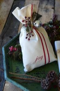 Unique gift wrap ideas for christmas 32
