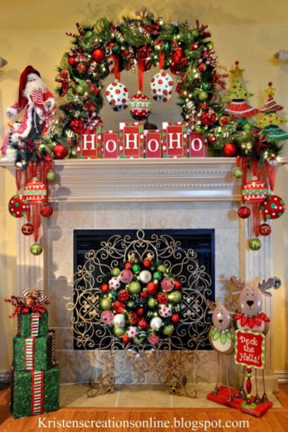 Ways to decorate fireplace for christmas 43