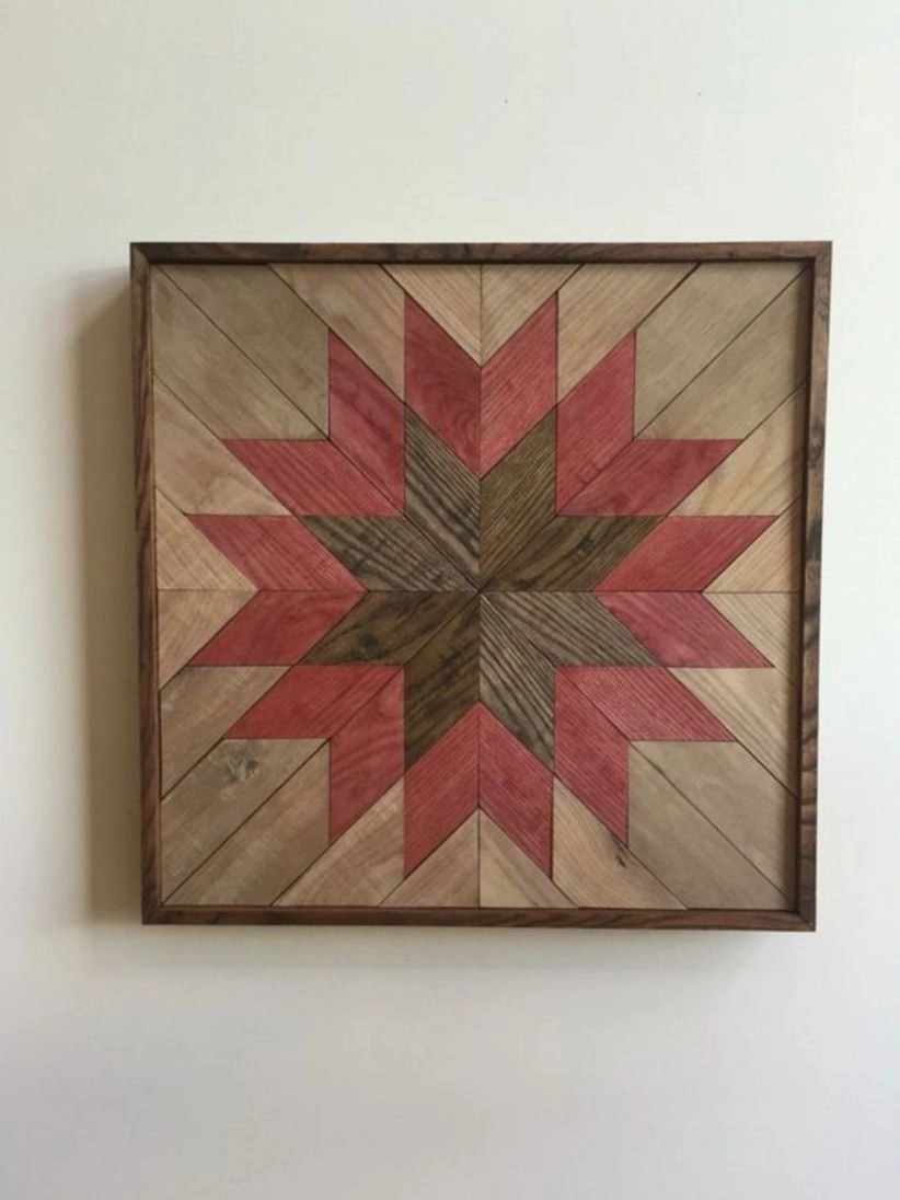 Wooden wall hanging quilt design