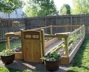 Easy to make diy raised garden beds ideas 23