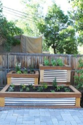 Easy to make diy raised garden beds ideas 26