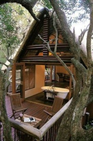 Fabulous backyard playhouse to delight your kids 45