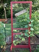 Gorgeous diy ladder-style herb garden 01