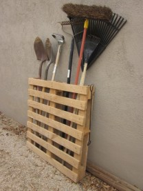 Simple and easy ideas from pallet recycling 05