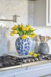 Adorable marble herringbone backsplash detail 27