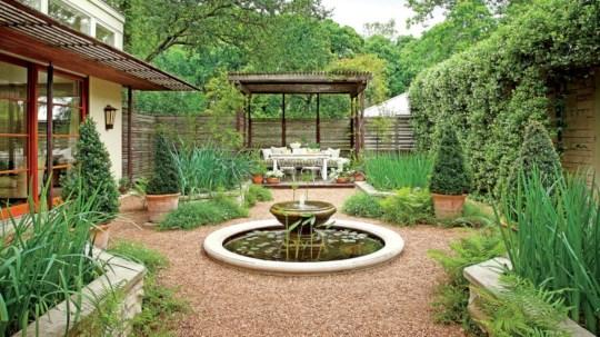 Beautiful courtyard garden design ideas 06