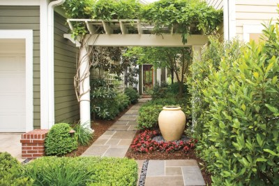 Beautiful courtyard garden design ideas 11