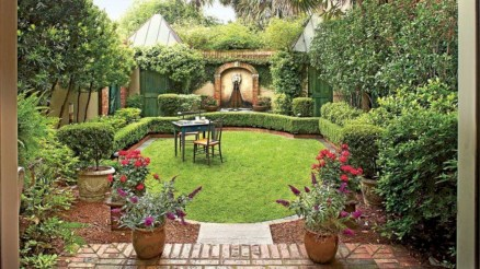 Beautiful courtyard garden design ideas 26