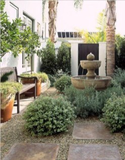 Beautiful courtyard garden design ideas 27