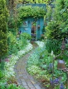 Beautiful courtyard garden design ideas 31