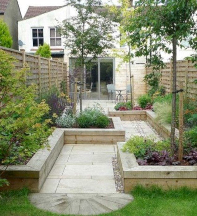 Beautiful courtyard garden design ideas 35