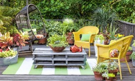 Best diy projects with pallet for your garden 17