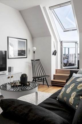 Cozy scandinavian-inspired loft 11