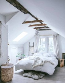Cozy scandinavian-inspired loft 12