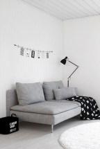 Cozy scandinavian-inspired loft 16