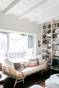 Cozy scandinavian-inspired loft 32
