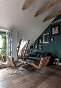 Cozy scandinavian-inspired loft 36