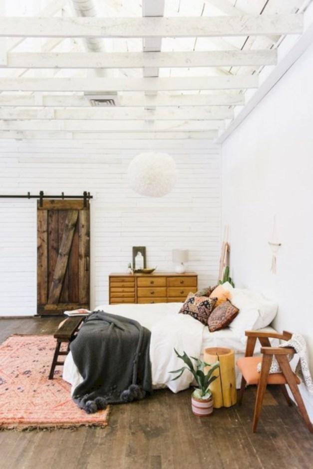 Cozy scandinavian-inspired loft 40