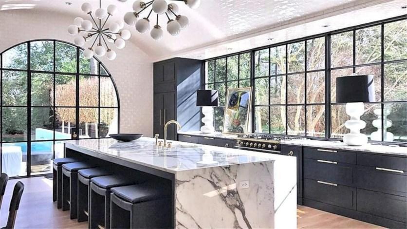 Distinctive kitchen lighting ideas for your kitchen 05