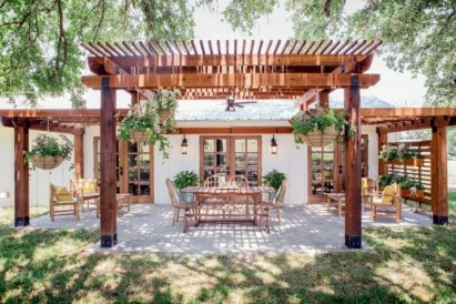 Inspiring diy backyard pergola ideas to enhance the outdoor 31