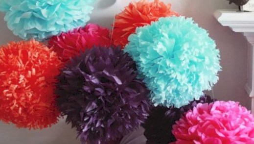 Simple and easy diy tissue paper flower garland 01