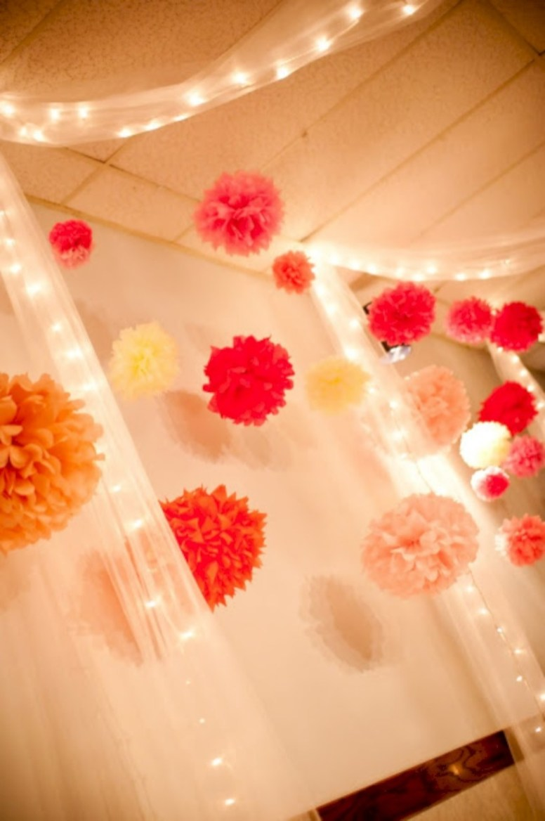 Simple and easy diy tissue paper flower garland 04