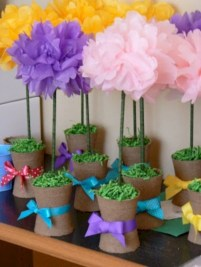 Simple and easy diy tissue paper flower garland 19