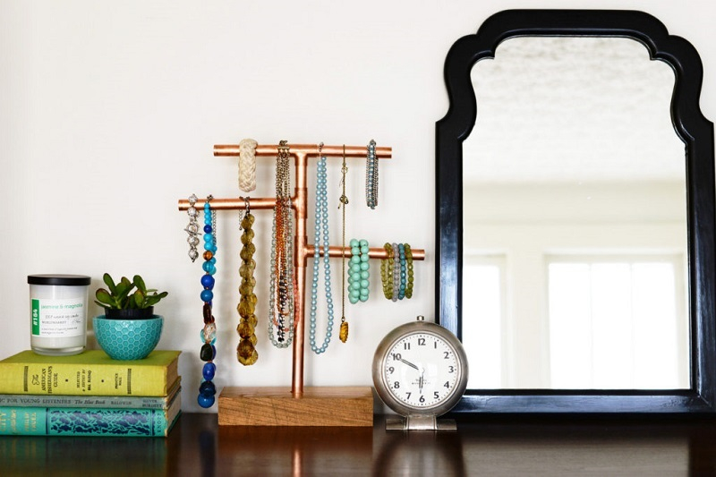 Diy-copper-pipe-jewelry-stand