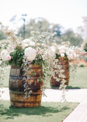 Diy floral arrangement that you can use on your wedding day 16