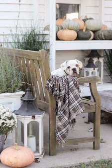 Awesome farmhouse fall decor porches 44