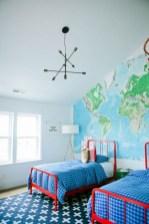 Best modern farmhouse bedroom decor ideas 32
