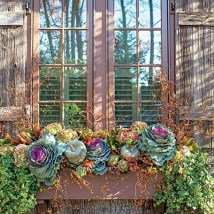 Cheap and easy fall window boxes ideas 09