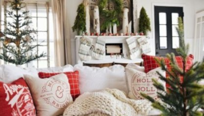 Cute farmhouse christmas decoration ideas 06