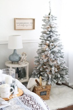 Cute farmhouse christmas decoration ideas 28