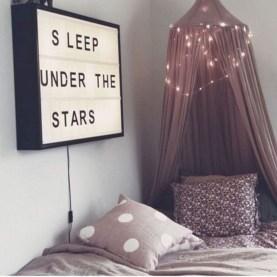 Easy and cute teen room decor ideas for girl 35