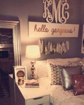 Easy and cute teen room decor ideas for girl 43