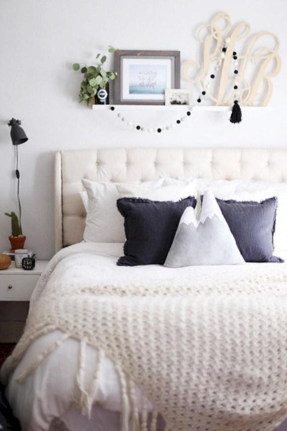 Easy and cute teen room decor ideas for girl 44