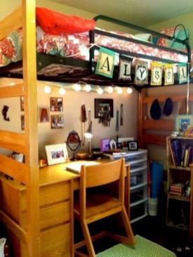 Elegant dorm room decorating ideas 28