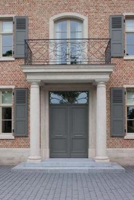 Exterior paint colors with red brick 24