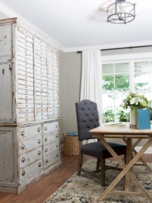 Incredible european farmhouse living room design ideas 66